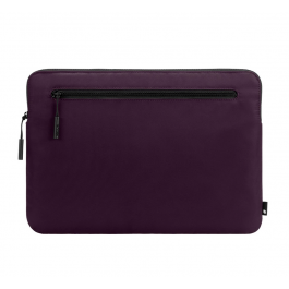 Incase Compact Sleeve in Flight Nylon for 15 and 16-inch MacBook Pro - Aubergine
